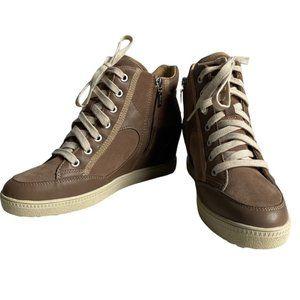 Geox Respira Women's Tan Suede Sneakers US 9